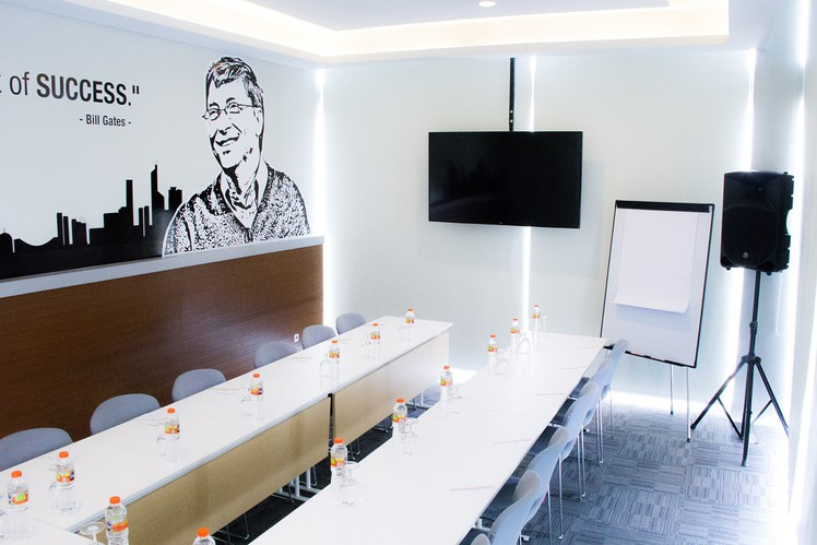 paket-meeting-di-cleo-business-hotel-jemursari,-ford-3