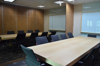 photo of Kantor di Lippo St. Moritz Tower 2 3