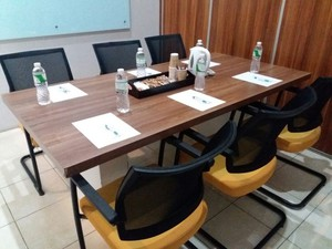 photo of Meeting Room 1 di LeGreen Suite Penjernihan 5 2