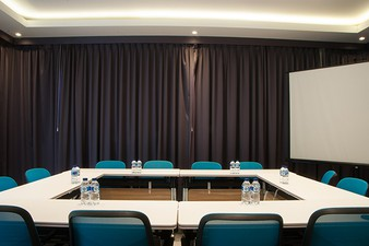 photo of Room Meeting Roof di Epica LifeStyle 0 2