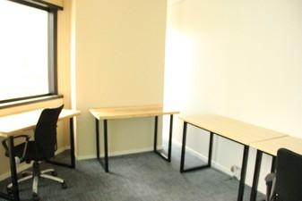 photo of Kantor di IFC Tower 2 1
