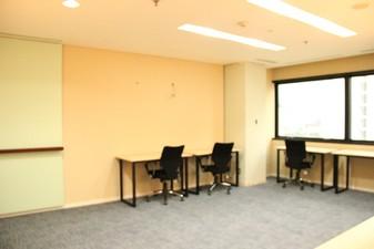 photo of Kantor di IFC Tower 3 0