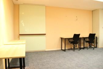 photo of Kantor di IFC Tower 3 1
