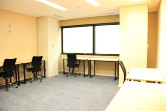 photo of Kantor di IFC Tower 3 2
