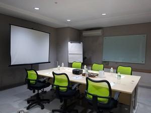 photo of Meeting Room 1 di Legreen Office Kuningan 0 0
