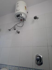 3 BHK Flat for Rent in Ittina Mahavir, Electronic City | COMMON BATHROOM 1 Picture - 1