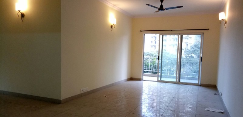3 BHK Flat for Rent in Mantri Flora, Sarjapur Road - Photo 0