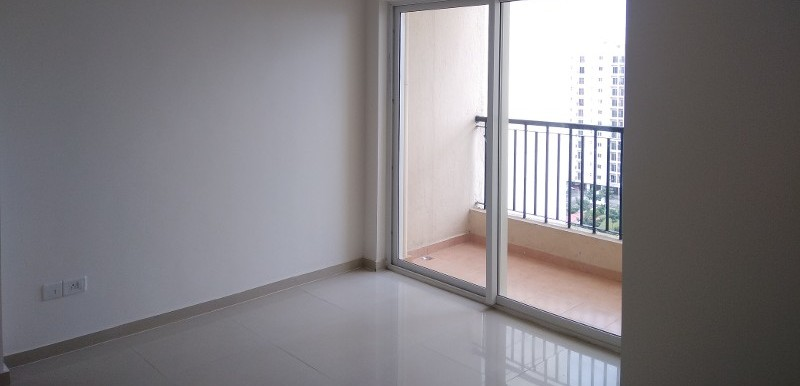 2 BHK Flat for Rent in DLF Woodland Heights, Jigani - Photo 0