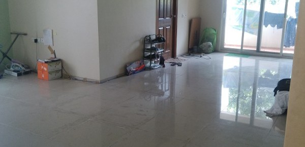 3 BHK Flat for Rent in Banyan Tree Apartments, Hobli, Service Rd - Photo 0