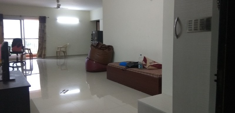 2 BHK Flat for Rent in Vajram Essenza, Hebbal - Photo 0