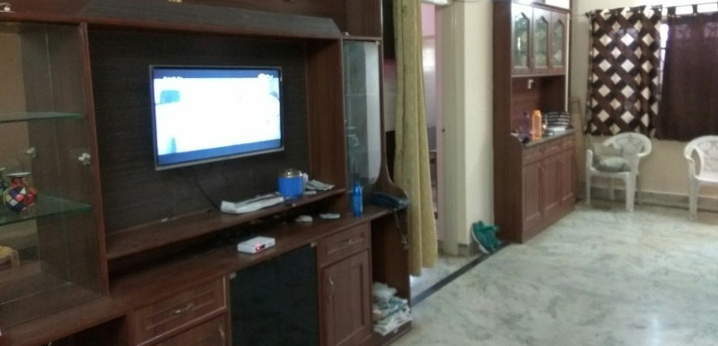 2 BHK Flat for Rent in Bharat Vihar Apartments, Jeevan Bima Nagar - Photo 0