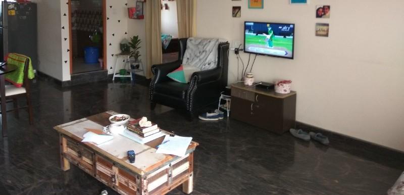 2 BHK Flat for Rent in Ravi Mansion, Kasturi Nagar - Photo 0