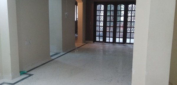 3 BHK Flat for Rent in Mantri Woodlands, Bannarghatta Main road - Photo 0