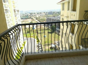 3 BHK Flat for Rent in DLF Westend Heights New Town , Bannerghatta Road | Picture - 3