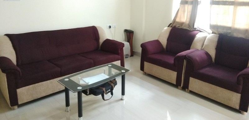 2 BHK Flat for Rent in Mahaveer Orchids, Hosa Road - Photo 0