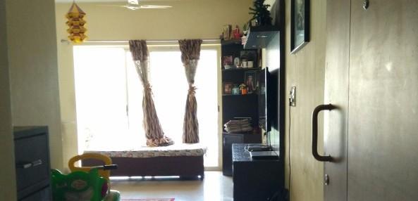 3 BHK Flat for Rent in Nitesh Forest Hills, KR Puram - Photo 0