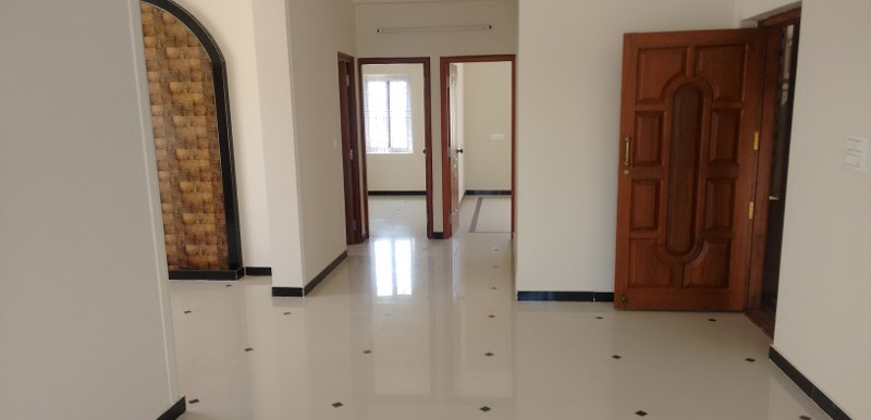 2 BHK Flat for Rent in Krishna Regency, Cox Town - Photo 0