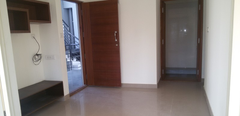 2 BHK Flat for Rent in Maruthi Nilaya, Haraluru Road - Photo 0