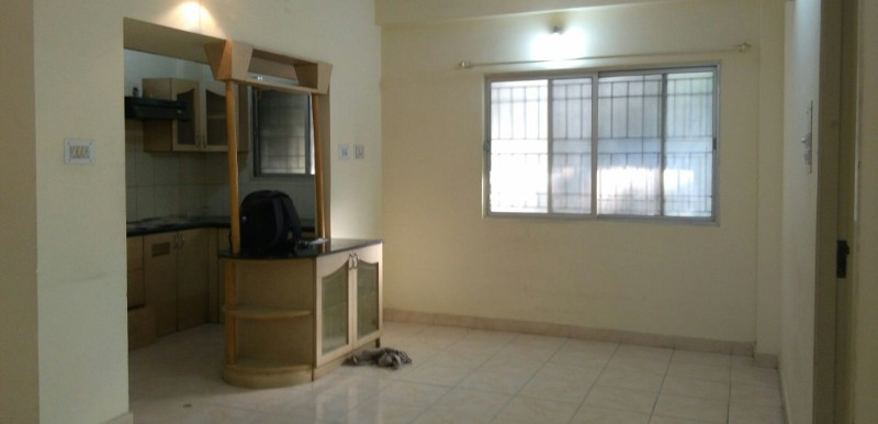 2 BHK Flat for Rent in Golden Corner Apartments, Bellandur - Photo 0