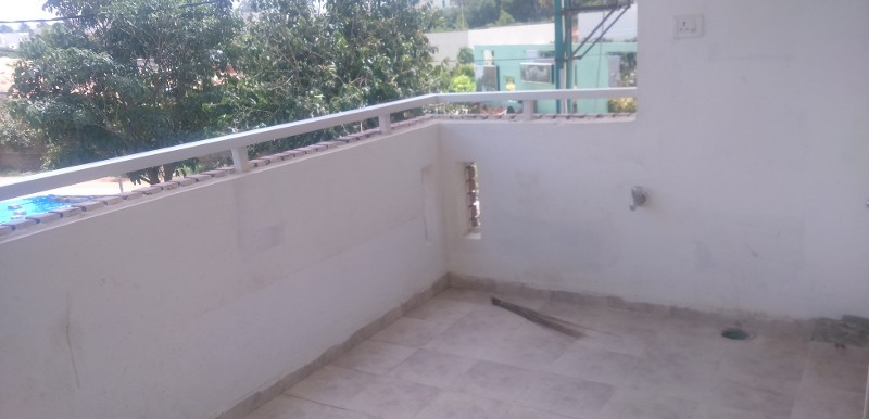 2 BHK Flat for Rent in Indes Mayflower Apartments, Kalkere main road - Photo 0