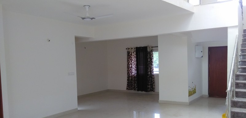 4 BHK Flat for Rent in Nakshatra Villas, Kundanhalli - Photo 0