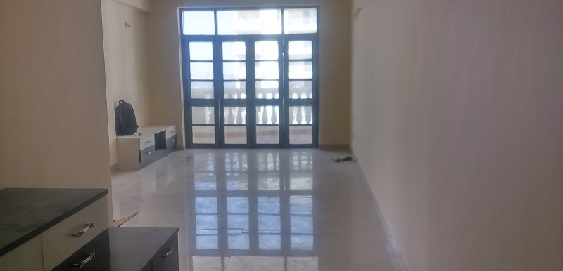 3 BHK Flat for Rent in Parkway Tivoli, K R Puram - Photo 0