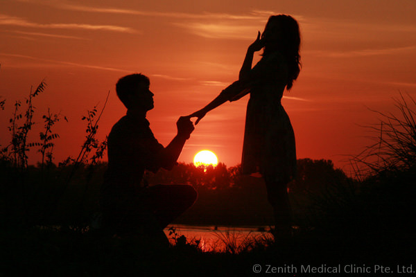 sunset-couple