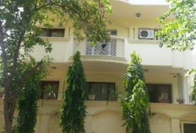 PG&Hostel - Girls PG in DLF Phase 2 in DLF Phase 2, Gurgaon, Haryana, India