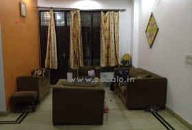 Apartment - Looking for a female flatmate in Indirapuram in Niti Khand I, Ghaziabad, Uttar Pradesh, India