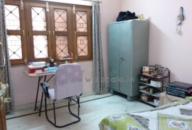 Apartment - Looking for a Female Flatmate in Saket (Near Khanpur) in Khanpur Village, RPS Colony, New Delhi, Delhi, India