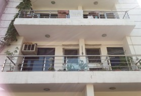 PG&Hostel - Radha Krishna PG for Girls in Paryawaran Complex in Paryavaran Complex, New Delhi, Delhi, India