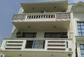 PG&Hostel - PG for Boys in Sushant lok 1 in Sushant Lok I, Gurgaon, Haryana, India