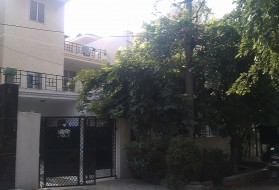 PG&Hostel - PG for Boys in Sushant Lok 1 in Vipul Square, Block B, Gurgaon, Haryana, India