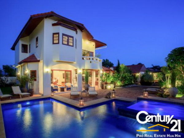 Grand 2 Storey 5 Bed Pool Villa