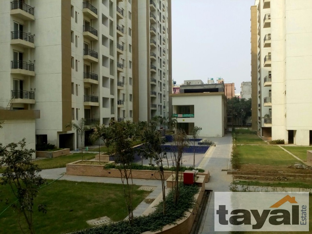 4 bedrooms apartment in dwarka more dwarka delhi south west delhi for Westhill swimming pool phone number