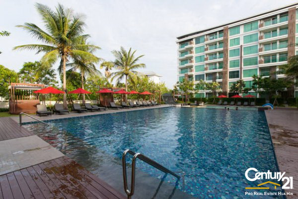 5 Amari Condos, Ground floor, direct pool access