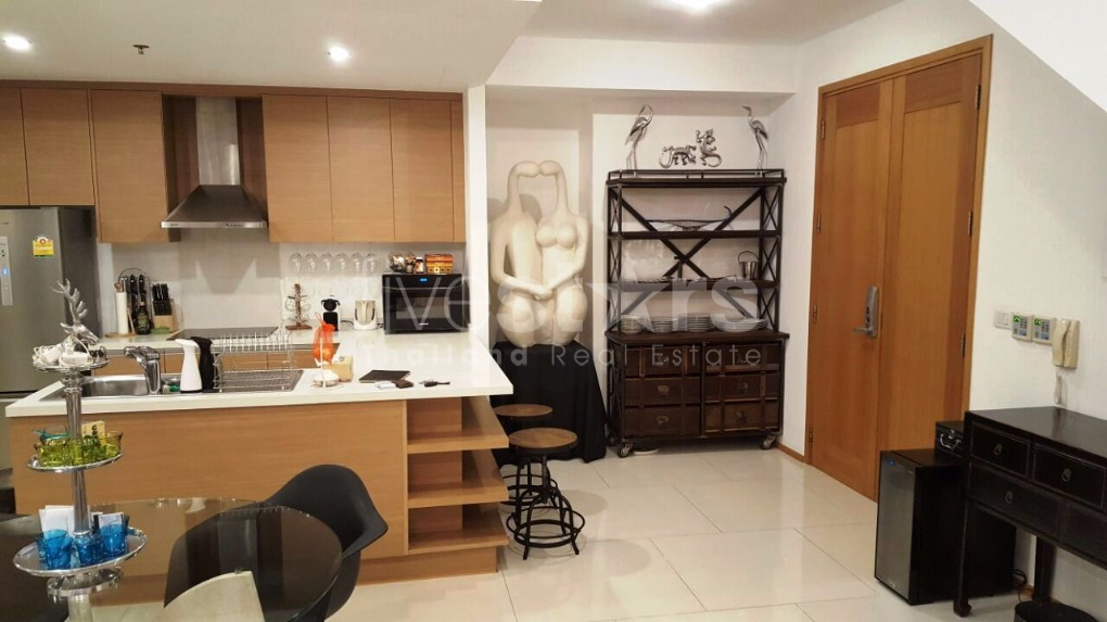 1 bedroom duplex condo for rent on phrom phong